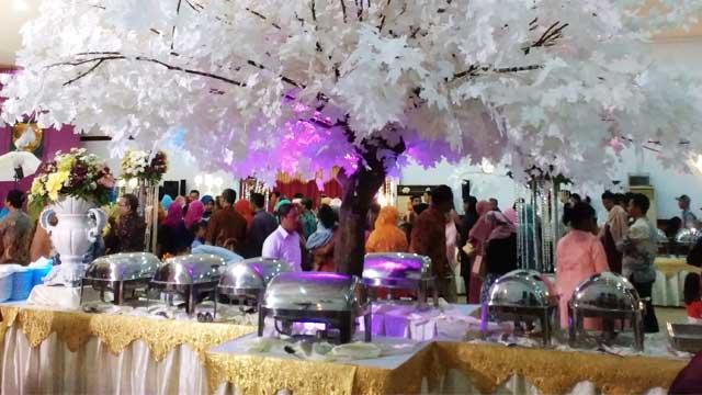 Dekorasi Buffet Wedding di Gedung Makodam