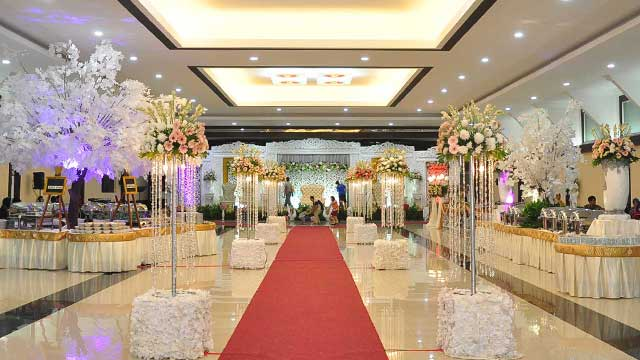 Dekorasi Standing Wedding di Graha Zeni