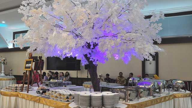 Dekorasi Buffet Wedding di Graha Zeni