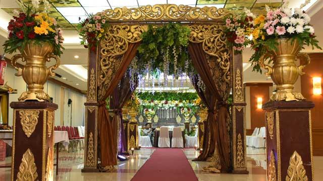 Dekorasi Gazebo Standing Wedding di Gedung PU