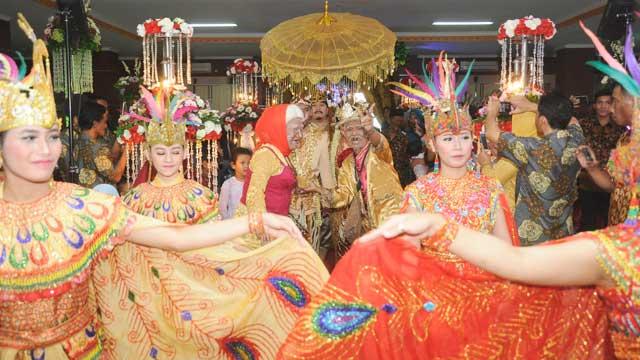 Wedding di GOR Tanjung Duren