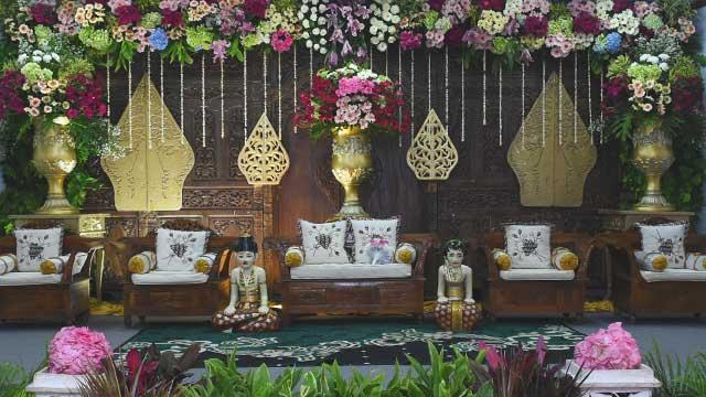 Dekorasi Pelaminan Wedding di SMP Muhammadiyah 9 Kebayoran