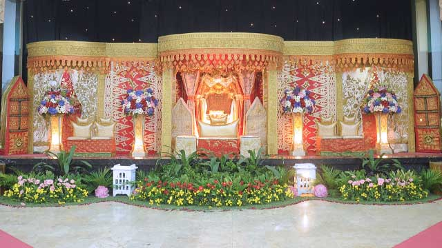 Pelaminan Wedding di Gedung Makodam Aula Sudirman