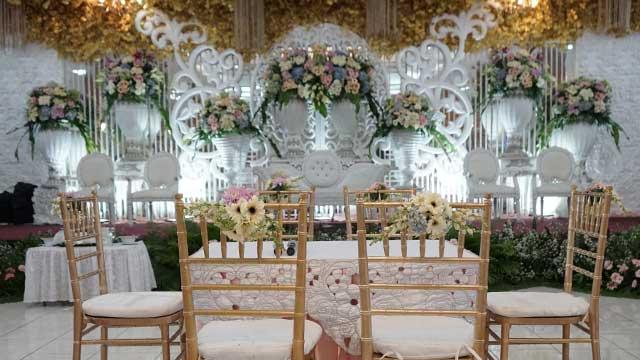 Dekorasi Akad Wedding di Gedung Puspa Pesona Taman Anggrek