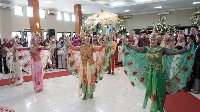Event Wedding di Gedung Puspa Pesona Taman Anggrek
