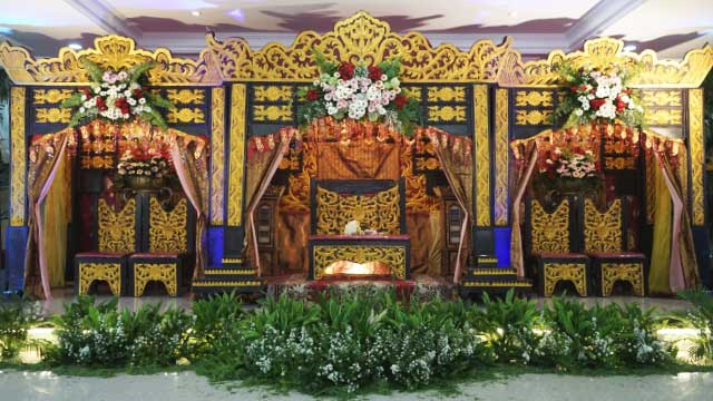 Dekorasi Pelaminan Wedding di Masjid Shodri Cakung