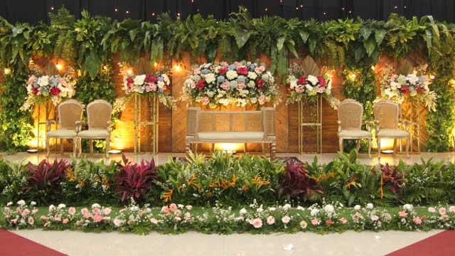 Dekorasi Pelaminan Wedding di Makodam Aula Ahmad Yani