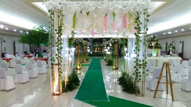 Dekorasi Wedding di Hotel 678
