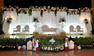 Wedding di GOR Sunter