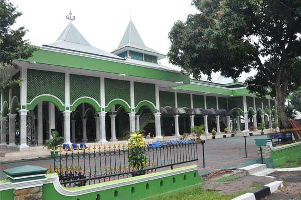 Masjid Gedung Makodam