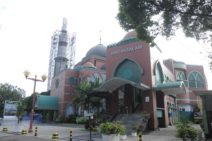 Masjid Baitussalam Pondok Kelapa
